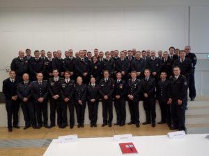 Gruppenbild der Brandreferendare/innen und Aufstiegsbeamten