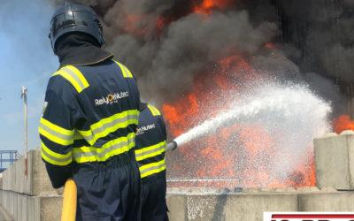 Industriebrandbekämpfung in Rotterdam